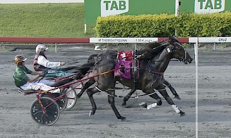 Bondi Shake gets a nose decision over Coppice, obscured, at Albion Park today.